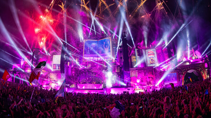 tomorrowland, united, through, music